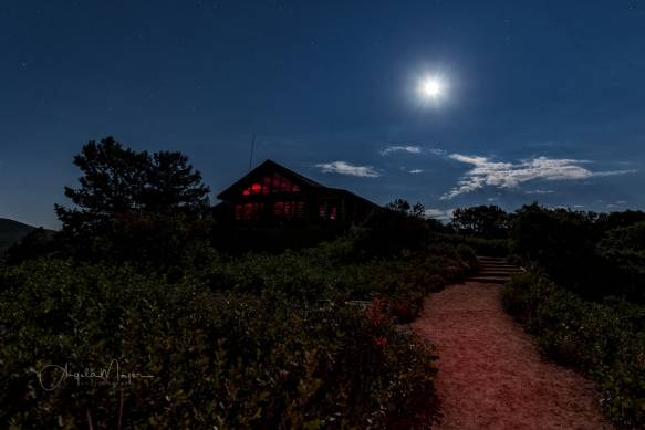 Moonlight-At-the-Visitors-Center-BC_DSC8826_WEB